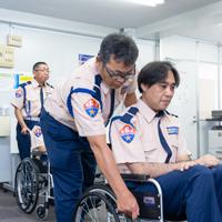 警備・障害者サポート訓練の様子